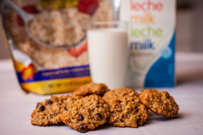 Banana Oats Cookies with Milk