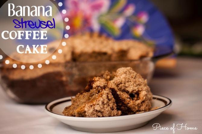 Banana Stresel Coffee Cake Slice Cirlce