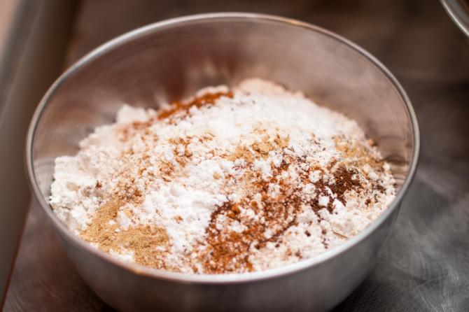 Molasses Crinkles Dry Ingredients