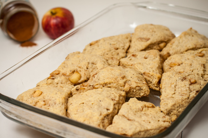 Apple-Scones-hot-pan