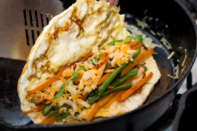 Crunchy Omelette - Fold