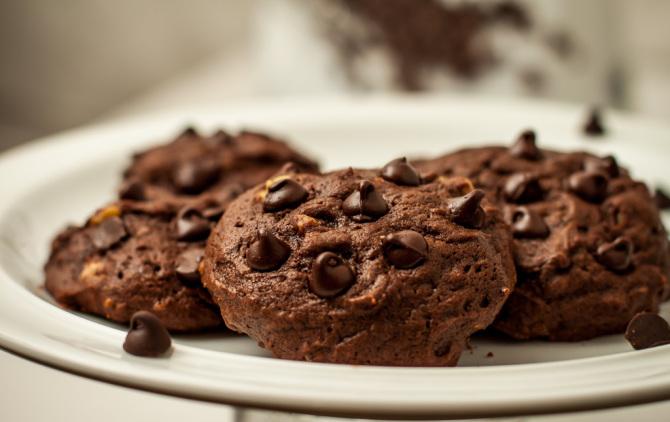 Triple Chocolate Chip Cookies 2