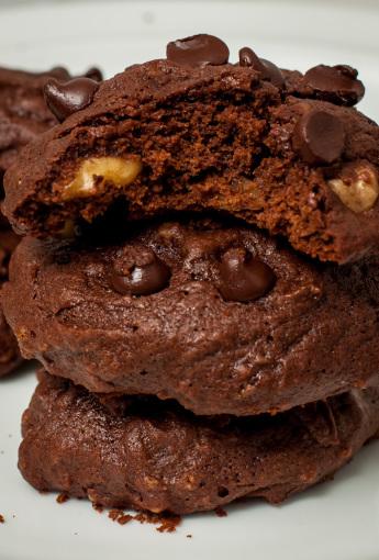 Triple Chocolate Chip Cookies 4