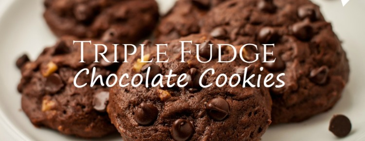 Triple Chocolate Chip Cookies FI
