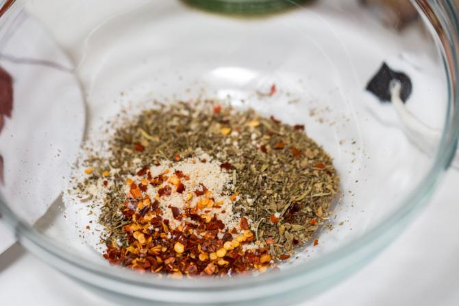 Pizza Quinoa Bites  Spices